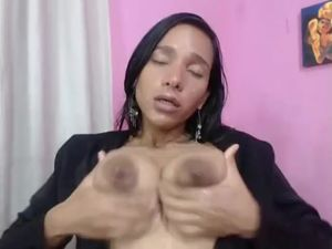 Sexy Latin Girls Plays With Herself 2