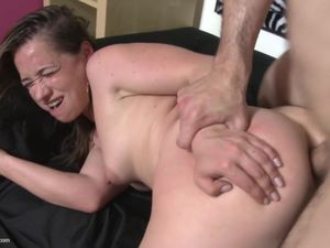 Mommy gets hard anal sex and vaginal and..