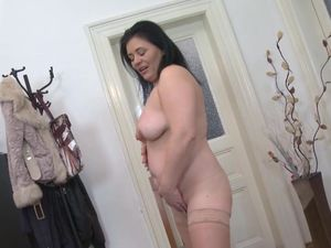 Sexy real chubby mature mother with..